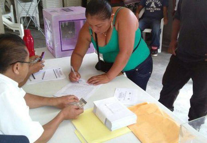 Los habitantes de la población a través del voto secreto decidieron que el delegado fuera removido. (Harold Alcocer/SIPSE)
