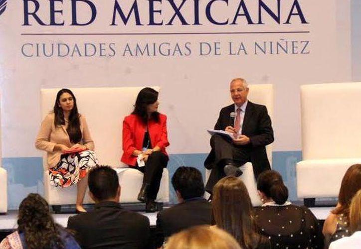 La toma de protesta se realizó en el marco de la vigésimo tercera Asamblea de la Rmcan en el Centro de Convenciones de Puebla. (Milenio Novedades)