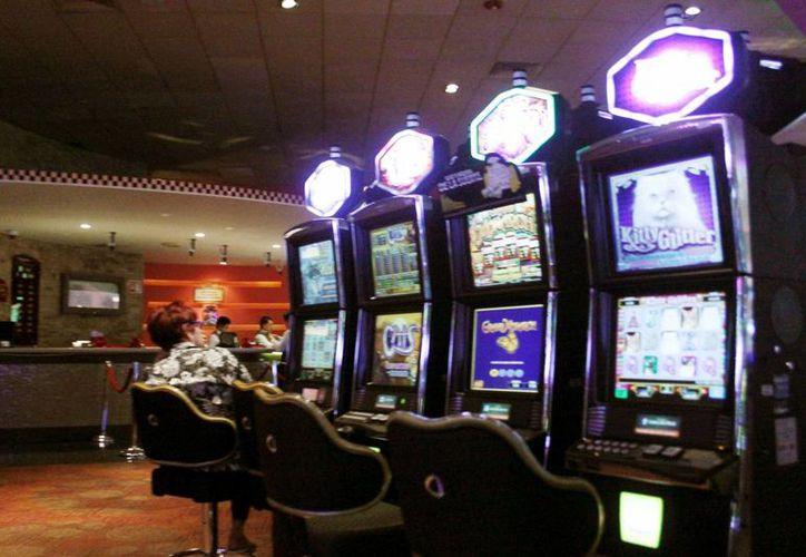 El Gobierno del Estado gravaría en 2014 las apuestas realizadas en casinos. (SIPSE)