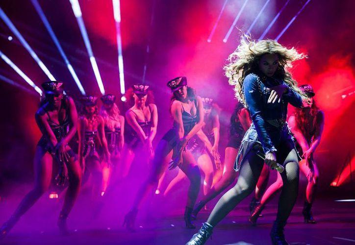 "Beyonce en el Domo de Georgia como parte de su gira ""On The Run"". (Agencias)"