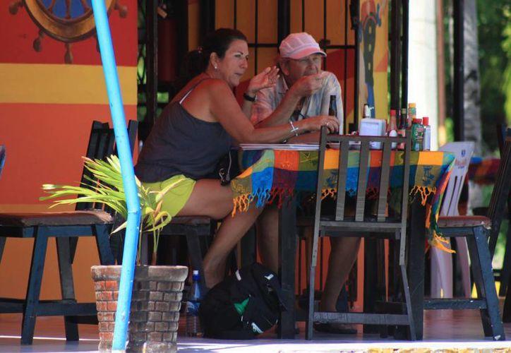 La industria restaurantera se dio un auténtico agasajo económico durante el desarrollo del Carnaval. (Enrique Mena/SIPSE)