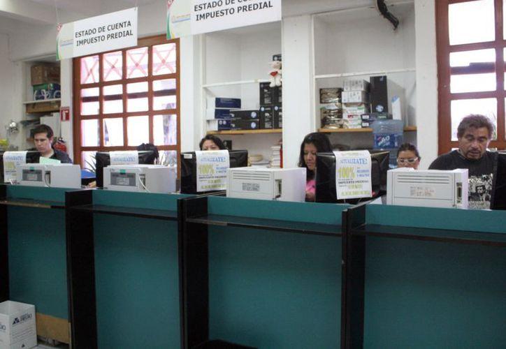 Los trabajadores sindicalizados de la Comuna de Benito Juárez únicamente recibieron la quincena. (Tomás Álvarez/SIPSE)