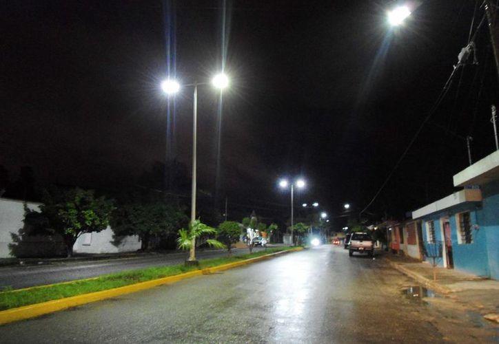 La nueva administración municipal ha tenido que reponer tres kilómetros de cable robado. (Cortesía/SIPSE)