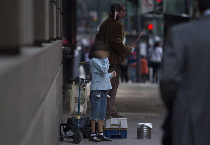 Tan solo en 2014, en México fueron denunciados más de 51 mil casos por abandono infantil. La imagen cumple funciones estrictamente referenciales. (Archivo/Notimex)
