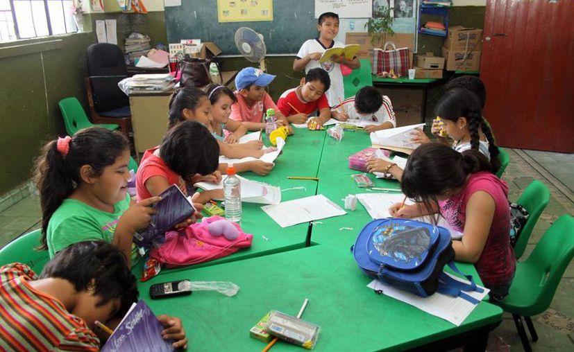 La Secretaría de Educación del Gobierno del Estado de Yucatán analiza cuáles serán los centros educativos de Mérida y del interior del estado que formarán parte del esquema de jornada ampliada o de tiempo completo. (SIPSE)
