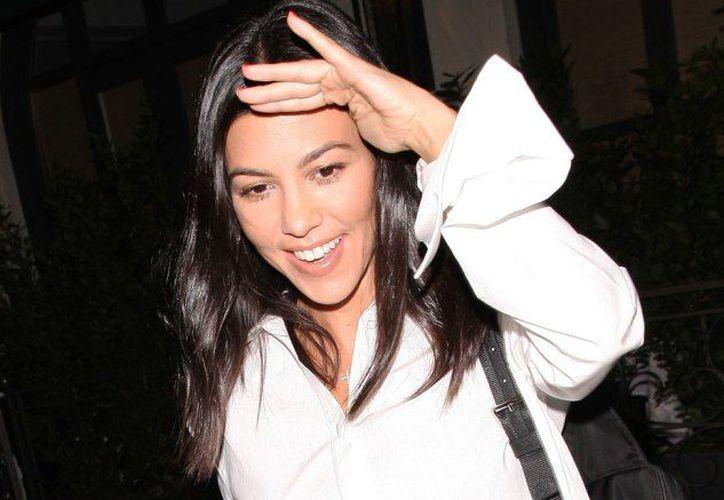 Kardashian se enfrentó a un usuario que la acusó de ser floja. (Internet)