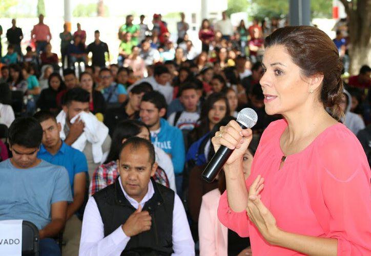 La primera dama comparó a estudiantes con 'sicarios'. (Foto: Contexto/Internet)