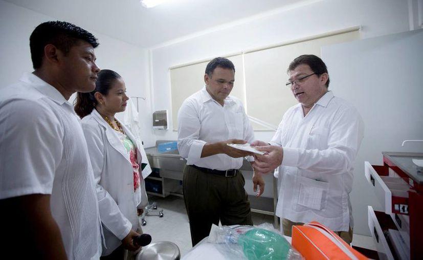 El nuevo Centro de Salud cuenta con consultorios dentales, de nutrición y medicina preventiva, así como un cuarto para observación y área de urgencias con transporte. (Cortesía/ Gobierno de Yucatán)