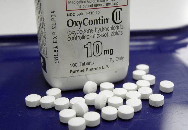 Más de 40 estadounidenses mueren cada día debido a sobredosis de analgésicos. (Agencias)