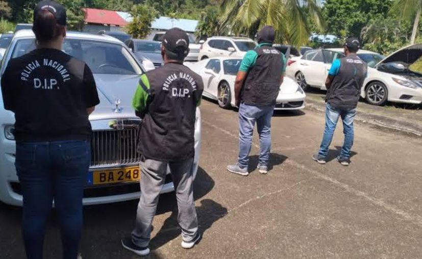 La Unidad de Bienes Patrimoniales, se llevó diez vehículos de diferentes marcas.