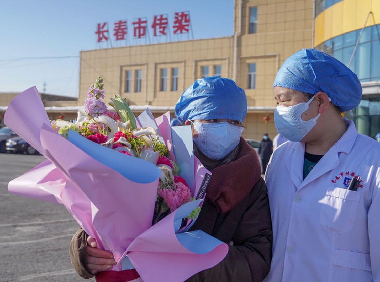VTanálisis: Pese a la crisis, China recupera a 243 enfermos de coronavirus