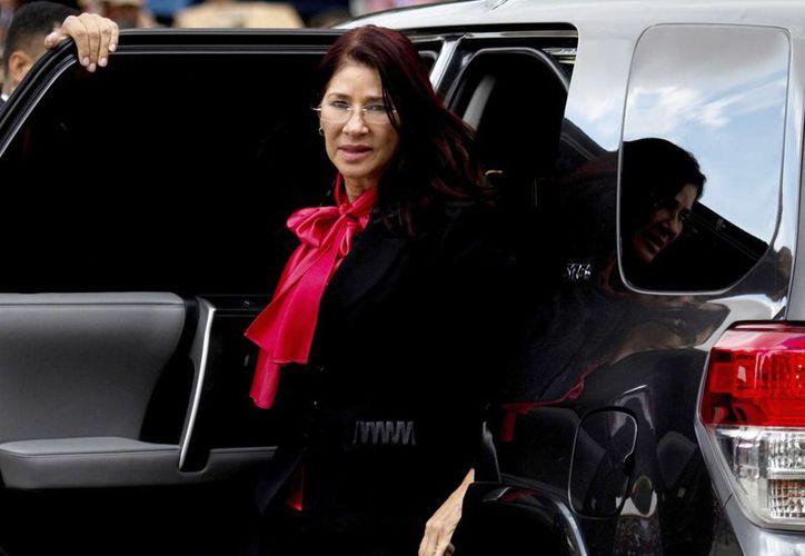 Foto de archivo, 17 de diciembre de 2015, de la primera dama venezolana Cilia Flores en Caracas. Dos sobrinos de Flores están a punto de ser juzgados por drogas en Nueva York. (AP/Fernando Llano)