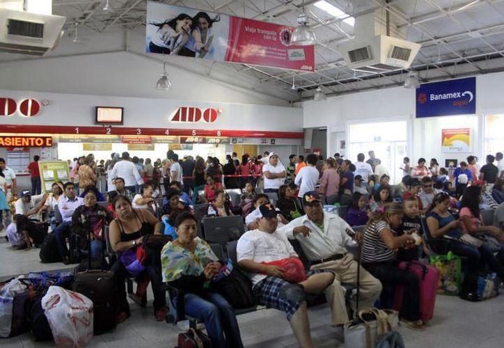 Esta temporada decembrina se espera la llegada de 30 mil pasajeros más a Yucatán. (Archivo/Milenio Novedades)