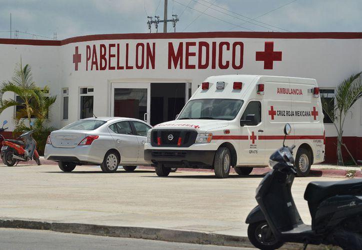 La ambulancia de la Cruz Roja que fue embargada no tiene sellos y su proceso no le fue notificado a la delegación. (Gustavo Villegas/SIPSE)