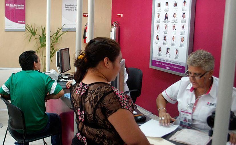 En Yucatán, más de la mitad de los burócratas son mujeres; tres de cada 100 empleados labora para el Gobierno. (Archivo/Milenio Novedades)