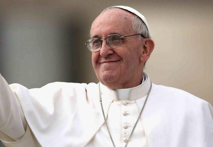 Dan de alta a la única hermana con vida del papa Francisco, después de una infección urinaria. (Agencias)