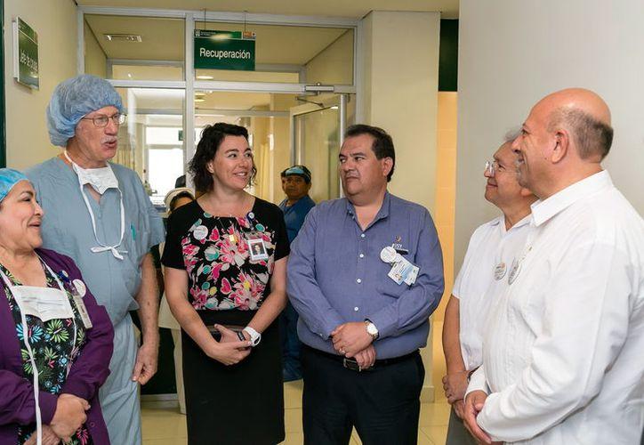 La labor se realiza en el Hospital O'Horán con apoyo del DIF Estatal y Club Rotarios. (Foto: Milenio novedades)