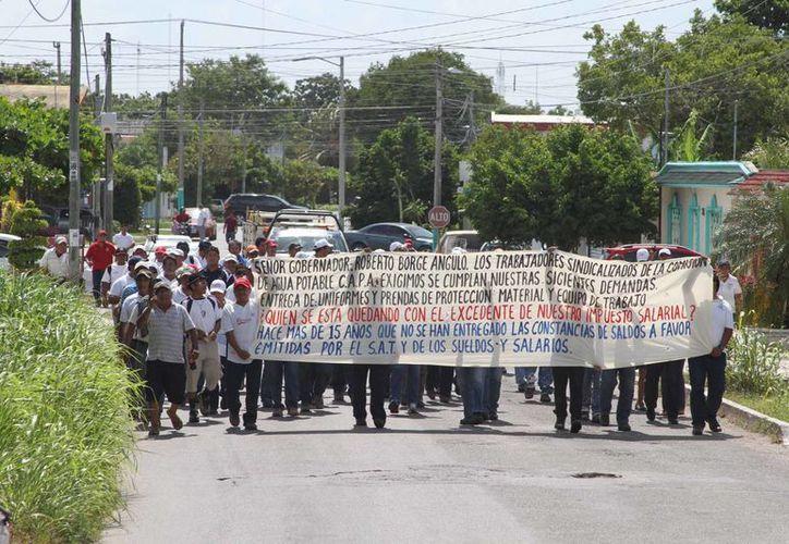 Pidieron la explicación de por qué no se han entregado las 12 bases sindicales. (Carlos Horta/ SIPSE)