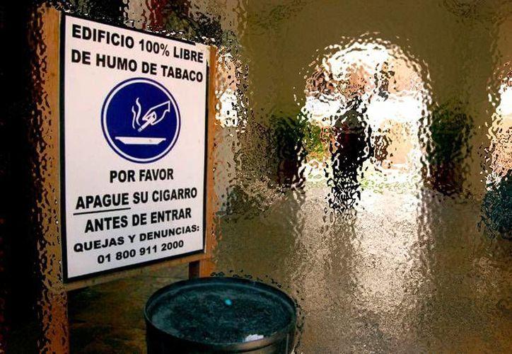 Los edificios libres de humo de tabaco son cada vez más en Yucatán. El IMSS ya certificó 61. La imagen es únicamente ilustrativa. (SIPSE)