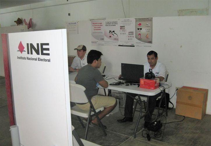 Deben cumplir 18 años en día de la elección, según especificaciones del Instituto Nacional Electoral. (Javier Ortiz/SIPSE)