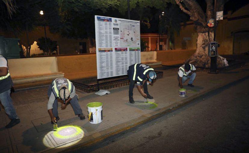Cuadrillas de trabajadores del Incay llevan a cabo estas tareas.