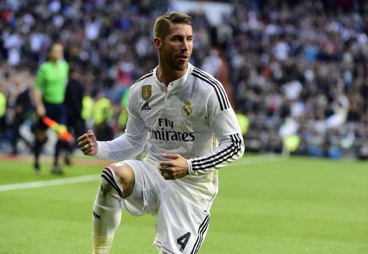 Sergio Ramos finalmente ha renovado con el Real Madrid hasta el 2020. En la imagen, Ramos contra el Málaga en un duelo por la Liga BBVA. (goal.com)