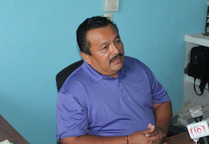 Ruperto Couoh Llanes, líder de la sección 68, indicó que el personal del programa de vectores podría hacer un paro el próximo 3 de septiembre. (Joel Zamora/SIPSE)