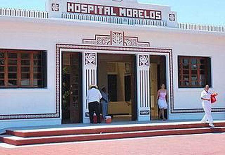 La mujer de 21 años llegó a la media noche para dar a luz en el Hospital Materno Infantil Morelos. (Ángel Castilla/SIPSE)