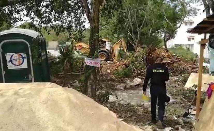 Trabajadores del lugar se negaron a parar las labores y no permitían el acceso. (Octavio Martínez/ SIPSE)