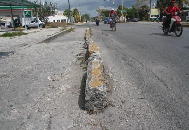La ciclovía actual se encuentra en mal estado y en algunos tramos presenta problemas estructurales. (Julian Miranda/SIPSE)