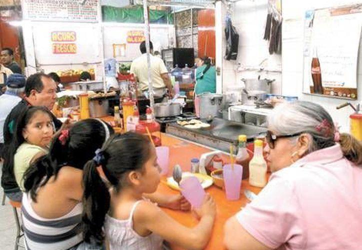 Debido a las lluvias en Colima resultaron afectados 600 negocios. (Milenio/Foto de contexto)