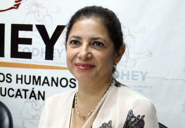 Ivette Laviada de la Red Pro Yucatán, dijo que no hay bienestar social sin respeto a los derechos humanos. (SIPSE)