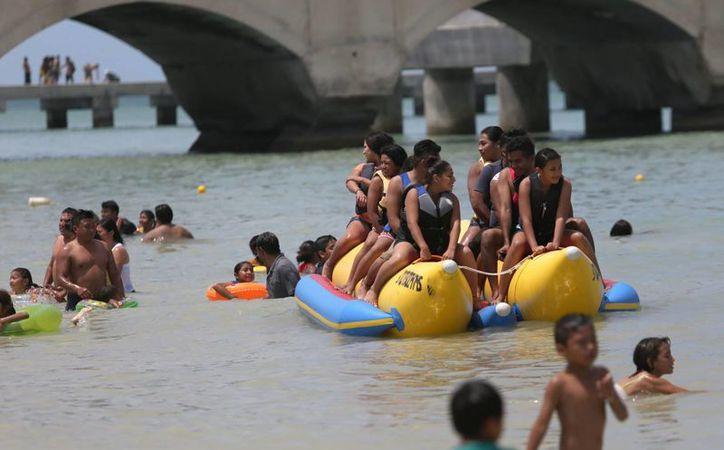 Los niños y maestros podrán gozar de nueve días extra de asueto, además de las vacaciones. (Archivo/Notimex)