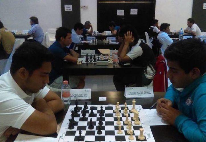 Ajedrecistas yucatecos buscarán ganar preseas en el torneo de la Olimpiada Nacional.(Milenio Novedades)