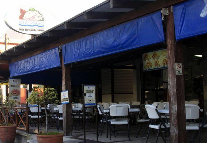 Vienen franquicias de servicios, comerciales, de restaurantes, comida rápida, entre otros. (Harold Alcocer/SIPSE)