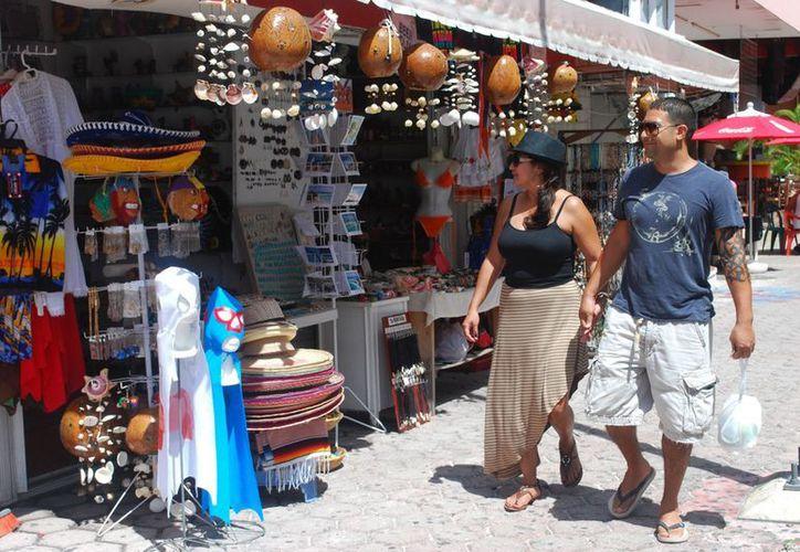 Buscan incrementar la presencia del turismo nacional en el centro de la ciudad. (Jesús Tijerin/SIPSE)