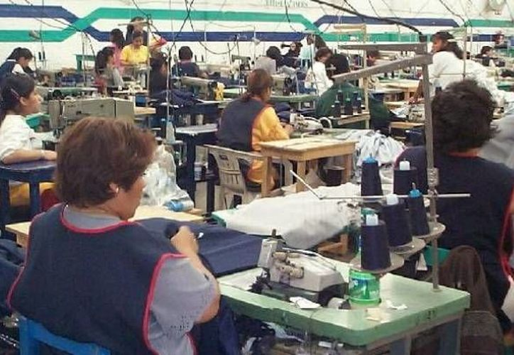Los empresarios de maquilas también están en desacuerdo con las reformas a la Ley del IMSS. (José Acosta/SIPSE)
