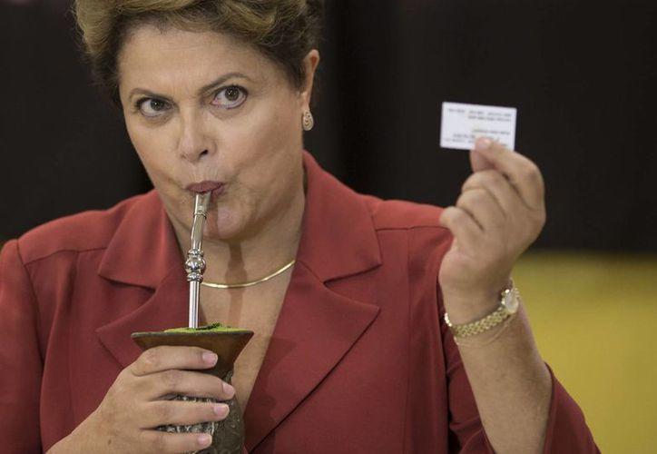 Dilma Rousseff obtuvo más del 50 por ciento de los votos en 15 de los estados del país. (AP)
