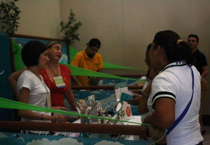 Ayer fue el segundo día de la Expo Turismo Sustentable.  (Octavio Martínez/SIPSE)