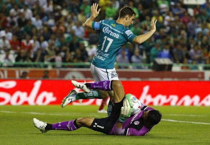 Mauro Boselli tuvo una destacada actuación ante el Toluca al marcar en dos ocasiones, al 67' y 87'. (Imágenes tomadas de ligamx.net)