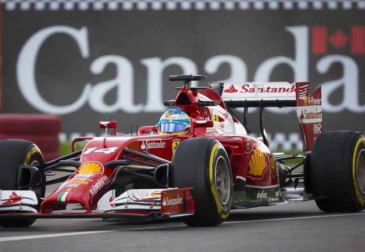 La séptima carrera del Mundial de Fórmula uno, que se disputará el domingo en el circuito Gilles Villeneuve de Montreal, Canadá, ha comenzado con Fernando Alonso dominando los entrenamientos. (EFE)