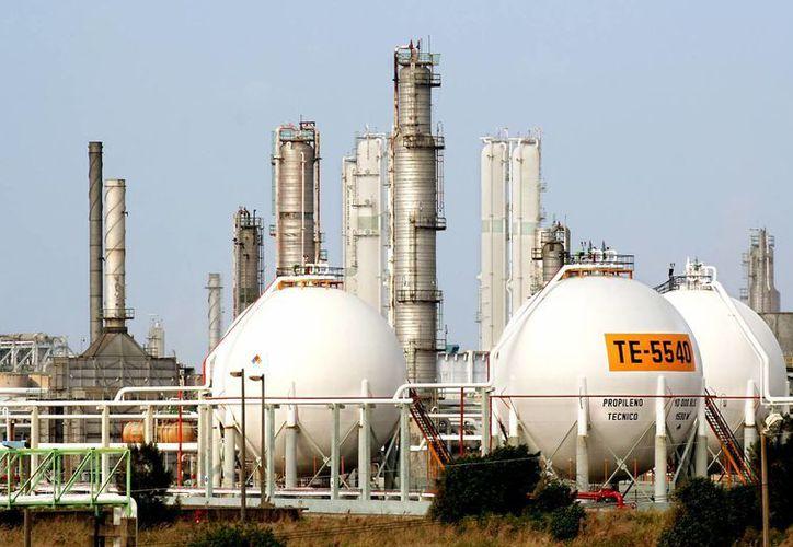 Las refinerías de Pemex operan al 86% de su capacidad, informó la ASF. (pemex.com)