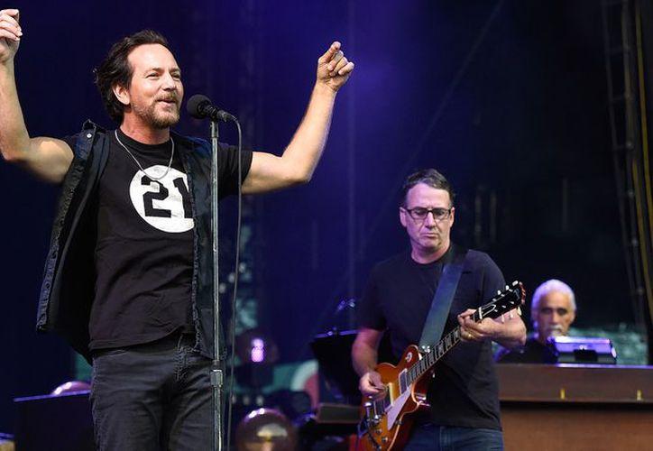 Piden arrestar a Eddie Vedder y a todos los integrantes de la banda. (Internet)
