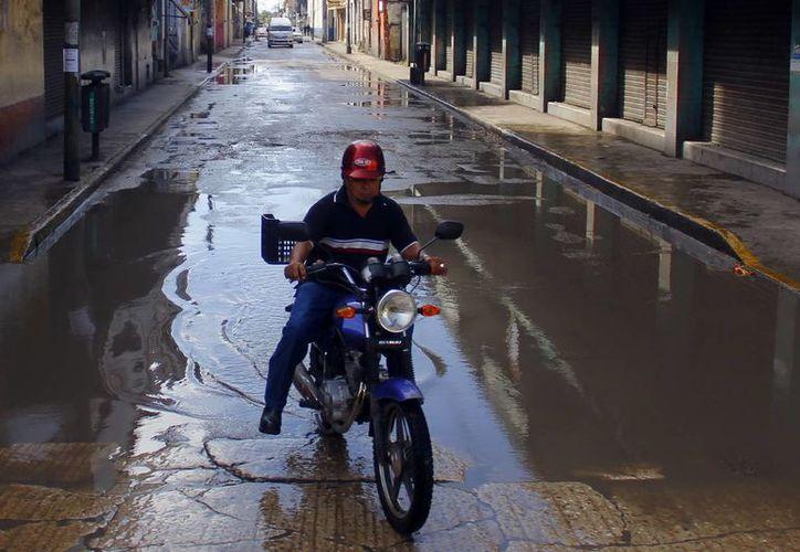 Las lluvias continuarán por el evento de norte que afecta a Yucatán. (Juan Albornoz/SIPSE)