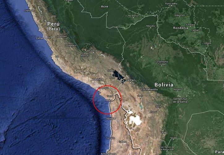 Ciudadanos de ambos países viajan libremente entre Arica y Tacna, en Perú, ciudades que dependen de la pesca y una de la otra. (Google Maps)