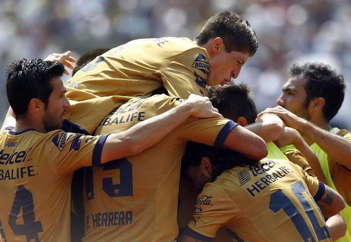 Con su segundo triunfo, ante San Luis, Pumas de la UNAM ya está en zona de calificación. (Archivo Notimex)