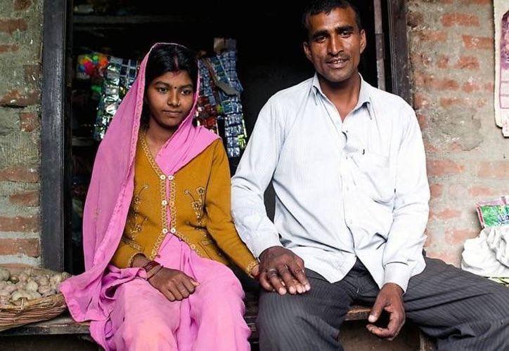 Un grupo de mujeres llamadas las 'destrozabodas' tienen como misión impedir los matrimonios entre niñas y adultos. (larepublica.pe)