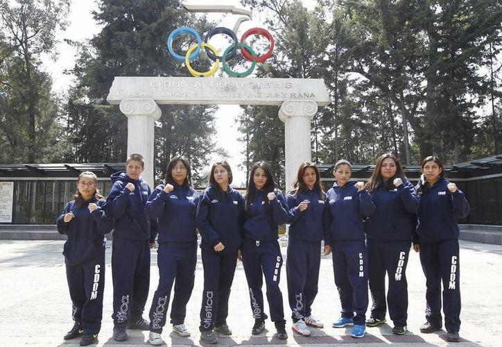 Los y las boxeadores mexicanas se foguearán con apoyo de la Conade y el Comité Olímpico. (Notimex)