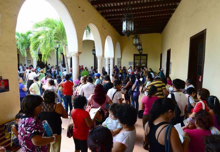 El Registro Civil tuvo retrasos por fallas en el sistema. (Luis Pérez/SIPSE)