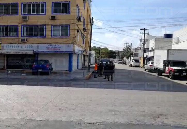 Una persona fue trasladada al IMSS de la avenida Cobá. (Luis Hernández/ SIPSE)